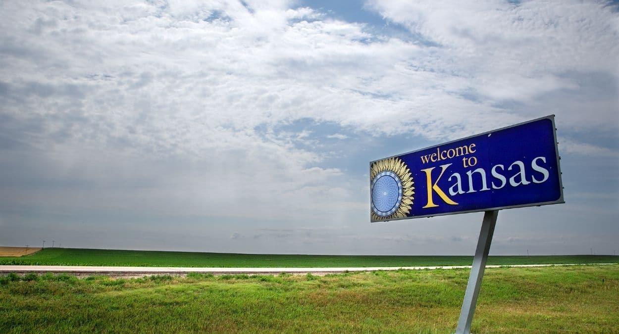 Where To Buy CBD Oil In Kansas?